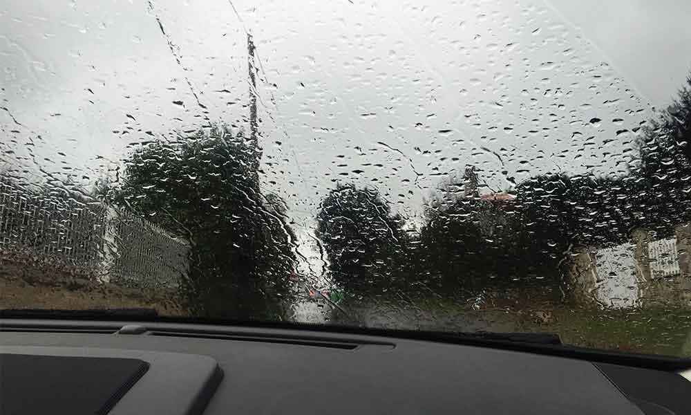 Lluvias llegan hoy por la tarde con frío y viento a Baja California