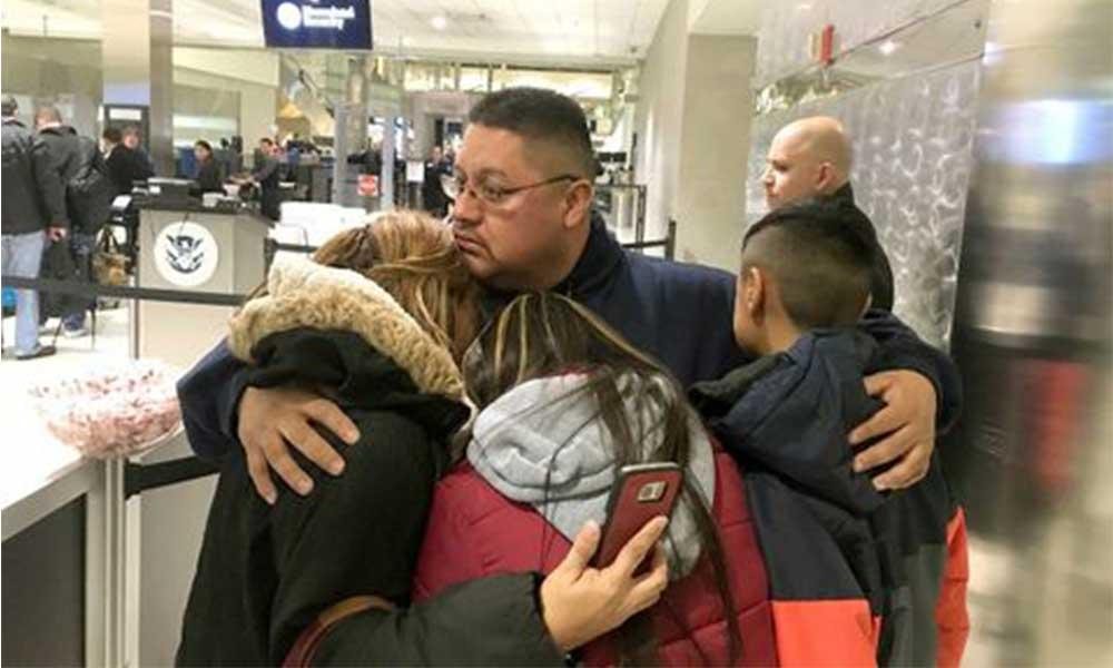 Deportan a mexicano después de vivir 30 años en EU, tendrán que pasar diez años para poder regresar con su familia