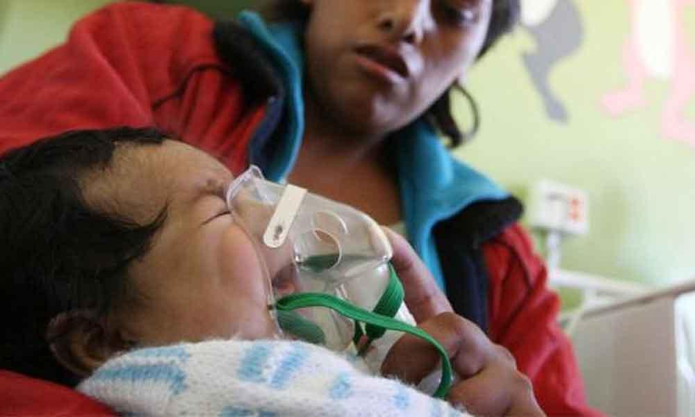 La Neumonía es responsable de 16% de los fallecimientos en niños menores de 5 años, invitan a vacunarse