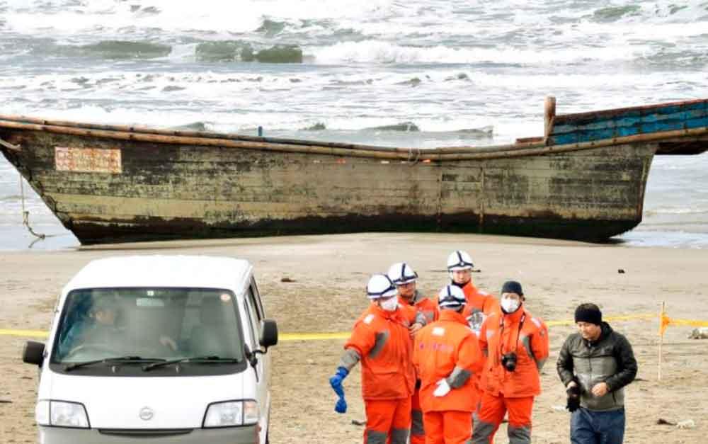Barco fantasma llega a la costa de Japón y causa terror