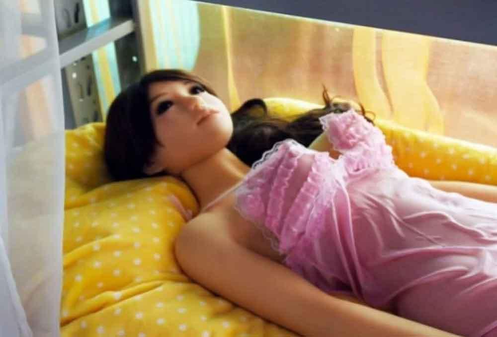 Prostíbulo de muñecas, la nueva y sexy sensación en Inglaterra
