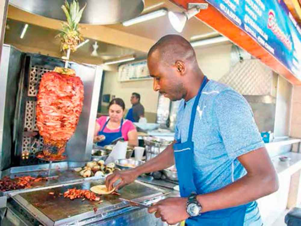 Tijuana recibe con gran cariño a Haitianos