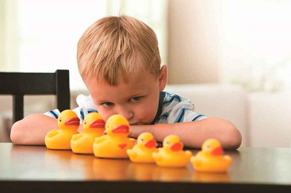 Autismo se detecta en el primer año de vida: IMSS