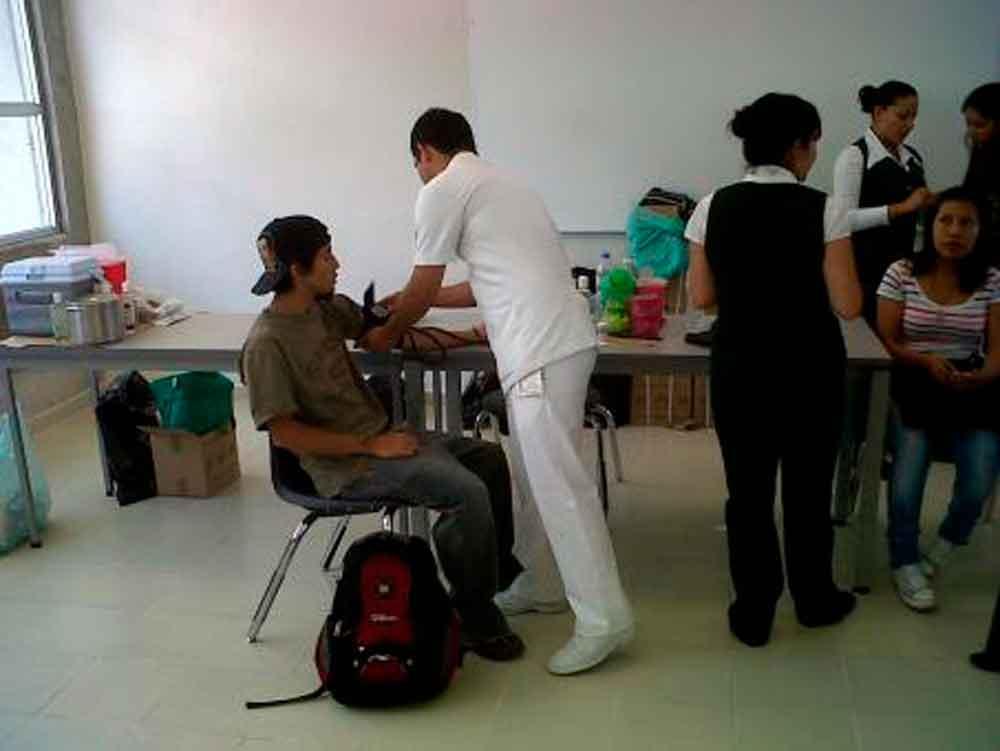 Vigente seguro de salud para estudiantes: IMSS