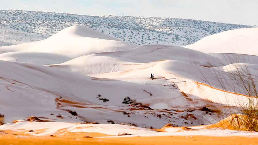 Insólita nevada en el desierto del Sahara; la segunda en 40 años