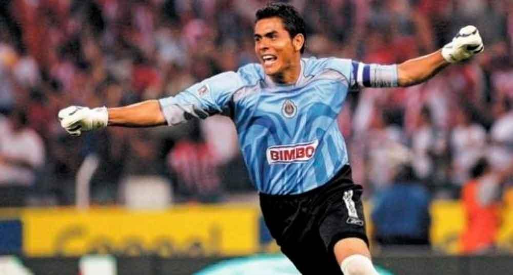 Oswaldo Sánchez regresaría a Chivas