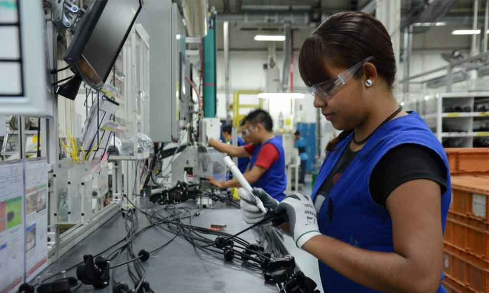 Reportan casos de abuso laboral en industrias de Tijuana