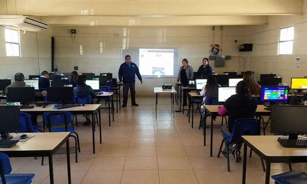 Imparten el taller Sistema Integral de Acompañamiento enfocado en personal docente