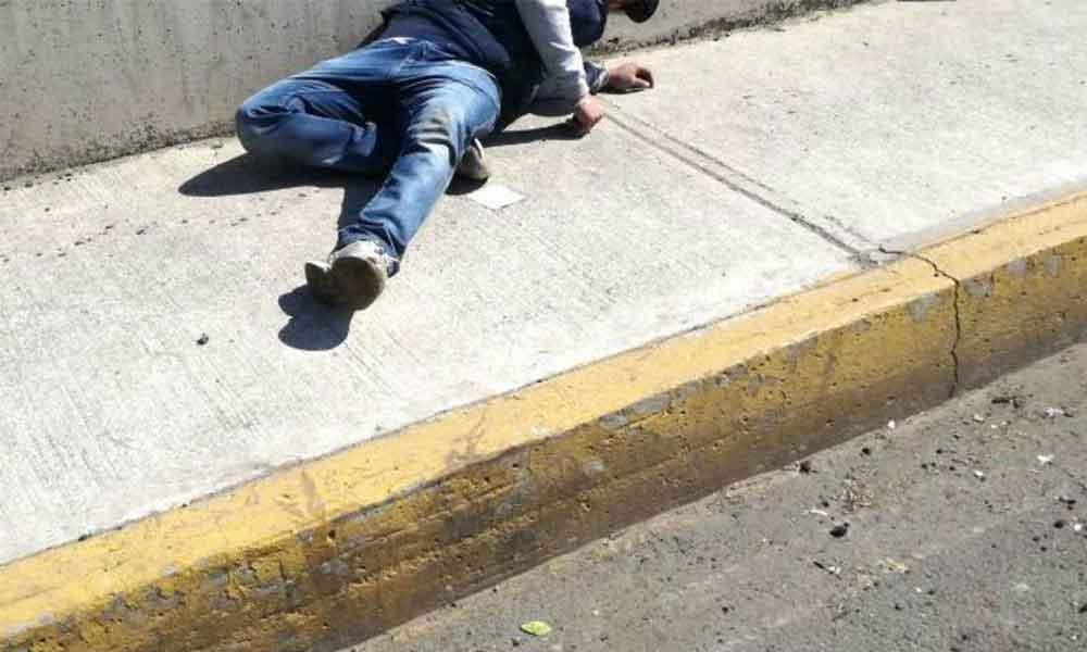 Militar defiende a pasajeros y mata a dos asaltantes en la Ciudad de México
