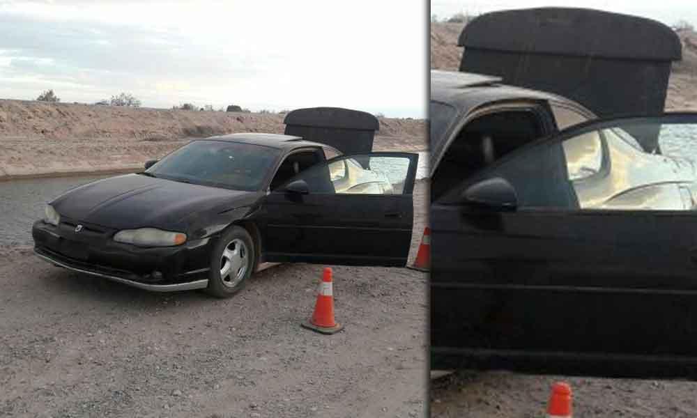 Hallan a pareja muerta dentro de un vehículo en Mexicali