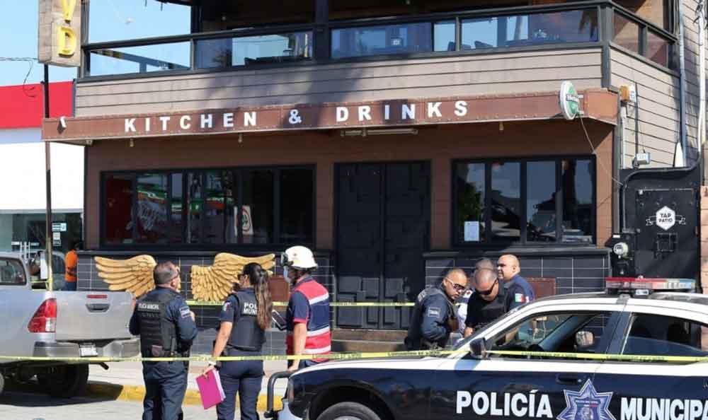 Mesero es acusado de matar a una mujer en Bar de Ensenada
