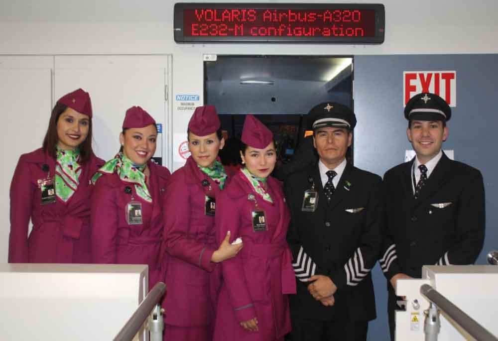 Volaris solicita sobrecargos en Tijuana