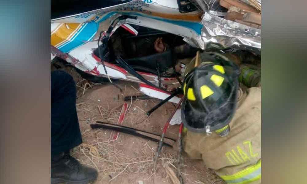 Dos lesionados de gravedad tras fuerte volcadura en carretera Mexicali-Tecate