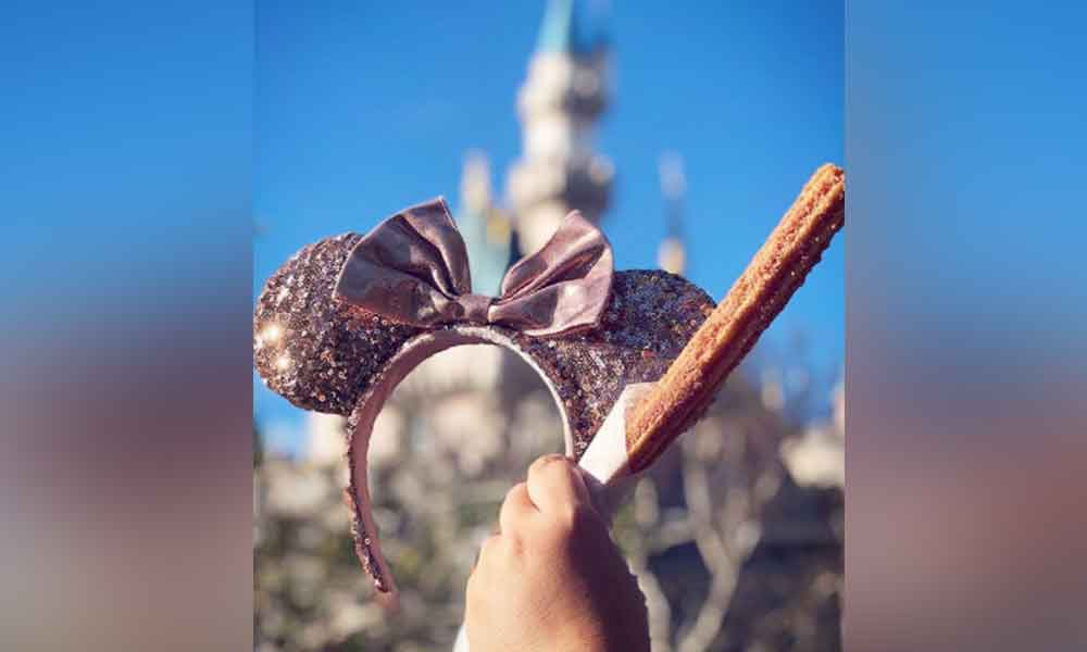 ¡Tienes que probarlos! Los churros rosas son la nueva novedad en Disneyland