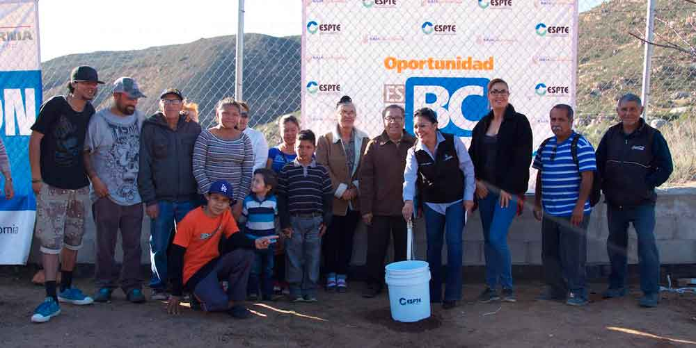 Inaugura Gobierno de BC Red de Agua Potable en colonia Nueva Hindú