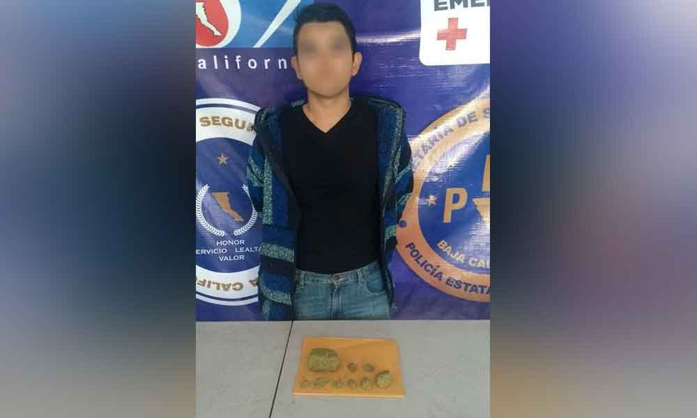 Vendía droga a través de Facebook; lo capturan en Ensenada