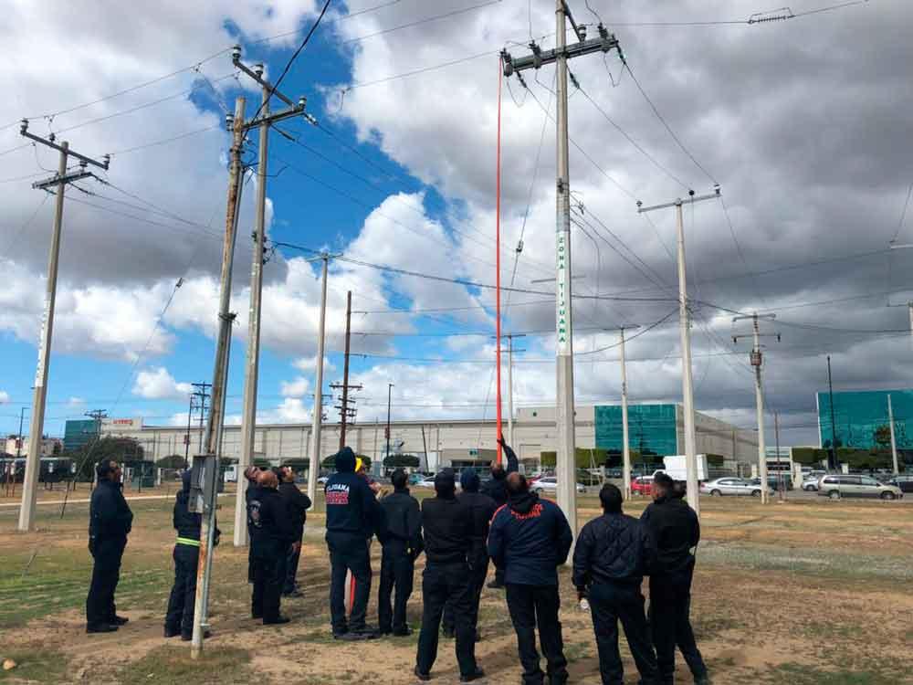 Capacita a Bomberos de Tijuana personal de la CFE