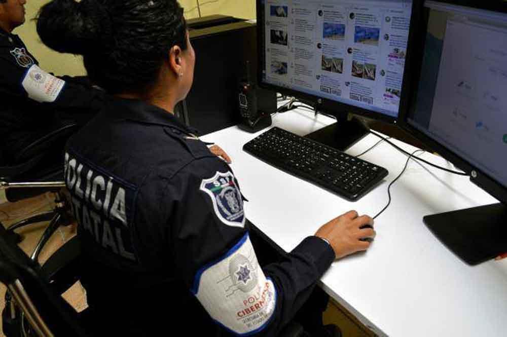 Por primera vez en la historia de Baja California se gradúan 10 cadetes especializados en seguridad cibernética