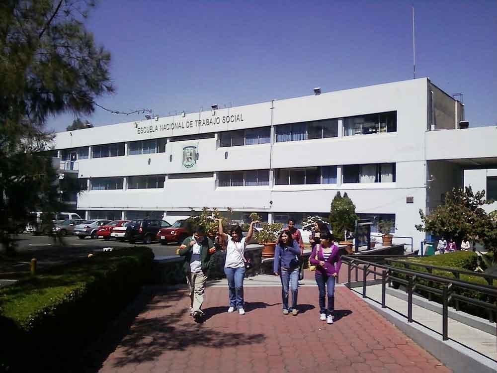 Alumnas de la UNAM denuncian a profesores por acoso sexual