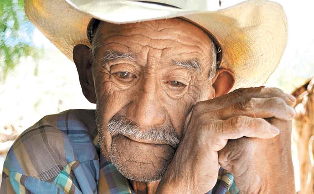 Cárcel para quienes abandonen y maltraten ancianos en Baja California