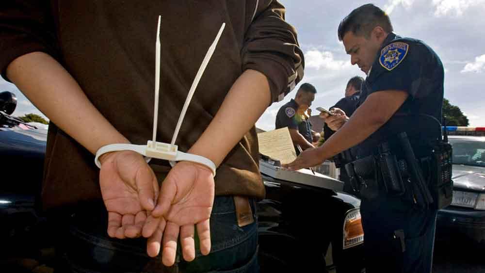 Armado con machete arrestan a hombre en San Diego