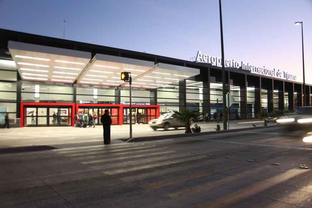 Aseguran 8 kilos de droga en Aeropuerto de Tijuana