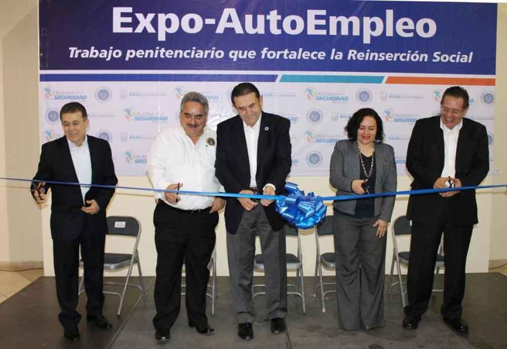 Inauguran Expo-autoempleo en beneficio de privados de la libertad en Mexicali