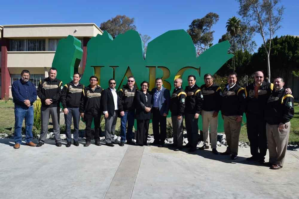 Inauguran Plaza del Orgullo Cimarrón en Campus Tijuana