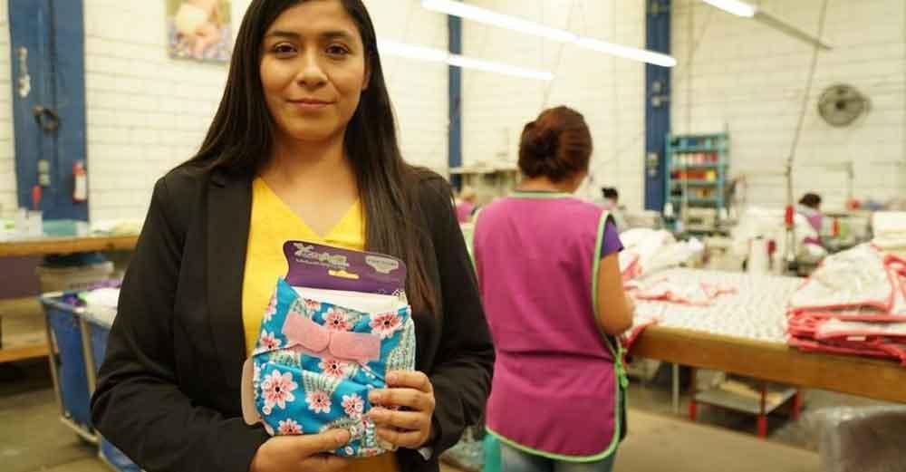Joven mexicana crea unos pañales reutilizables