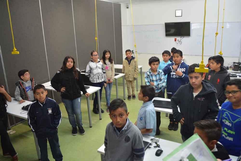 Participan más 144 niños en la Cuarta Feria Regional de Robótica en Tijuana