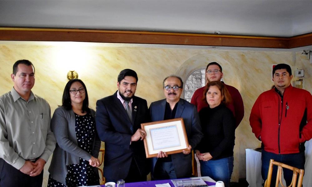 Promueven Desarrollo Democrático en Baja California