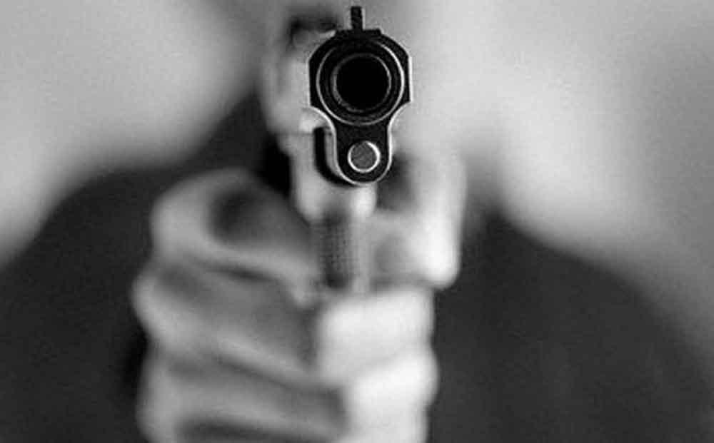 Estudiante dispara pistola en salón de clases