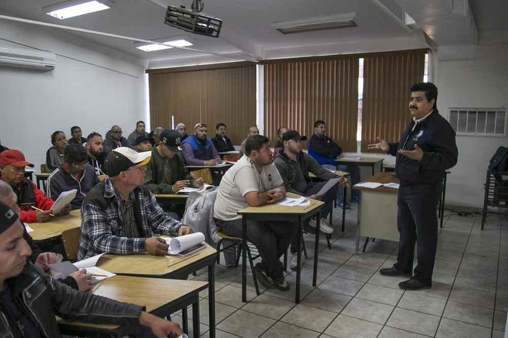 Imparte Sistema Educativo curso de aire acondicionado a intendentes