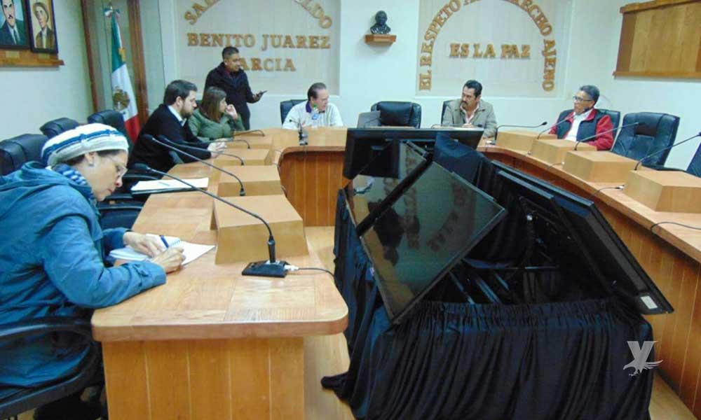 """Asegura Regidor independiente haber puesto """"en jaque"""" a funcionarios municipales durante comisiones en Tecate"""