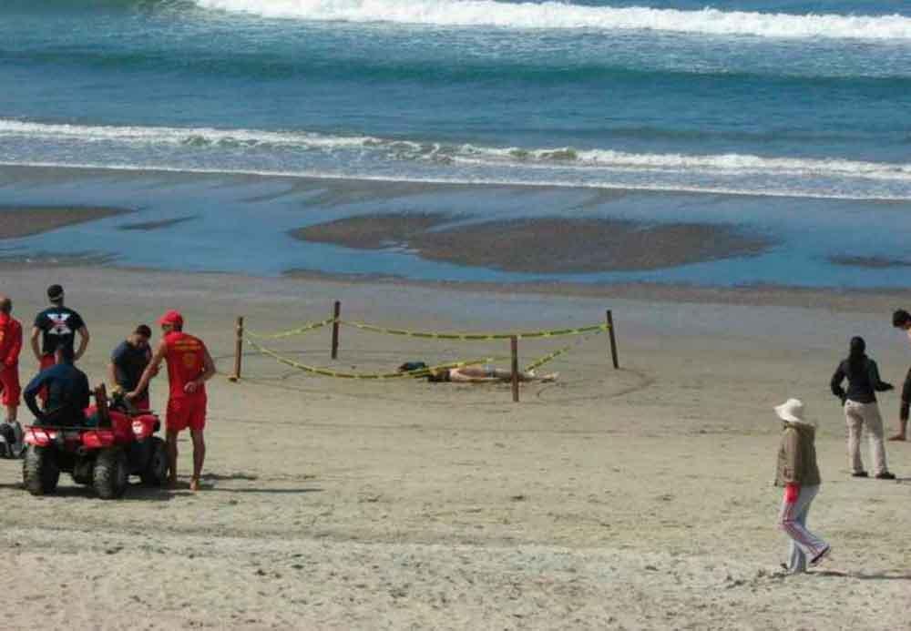 Hombre muere ahogado en playa de Ensenada