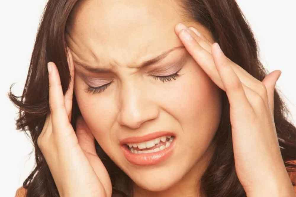 ¿Te duele la cabeza? Prueba estos remedios caseros