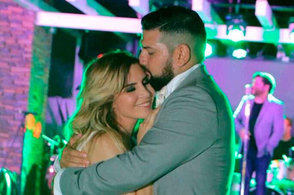 Karla Panini espera hijo de Américo Garza
