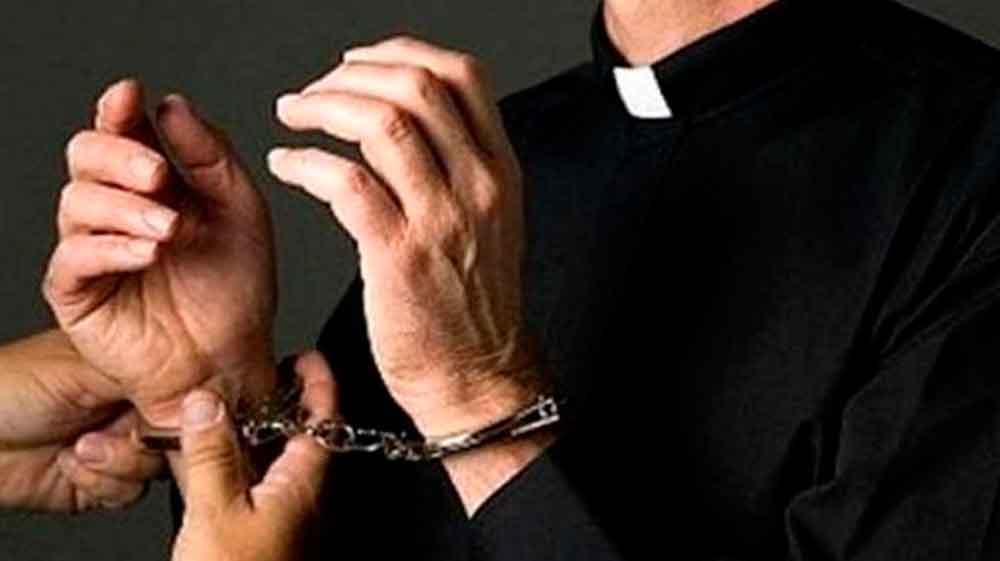 Condena histórica a sacerdote mexicano que abusó de menores