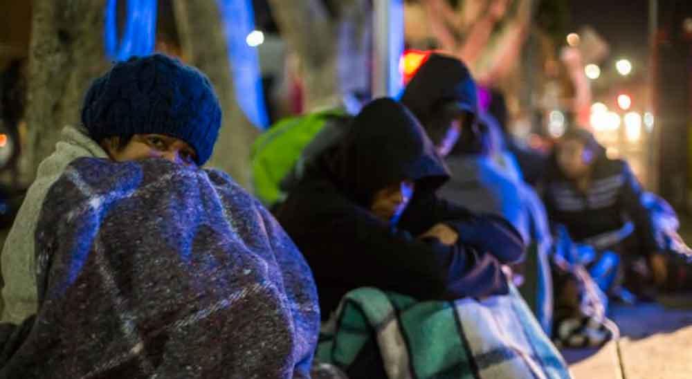 "Capturan a ""Polleros"" con 53 migrantes salvadoreños"