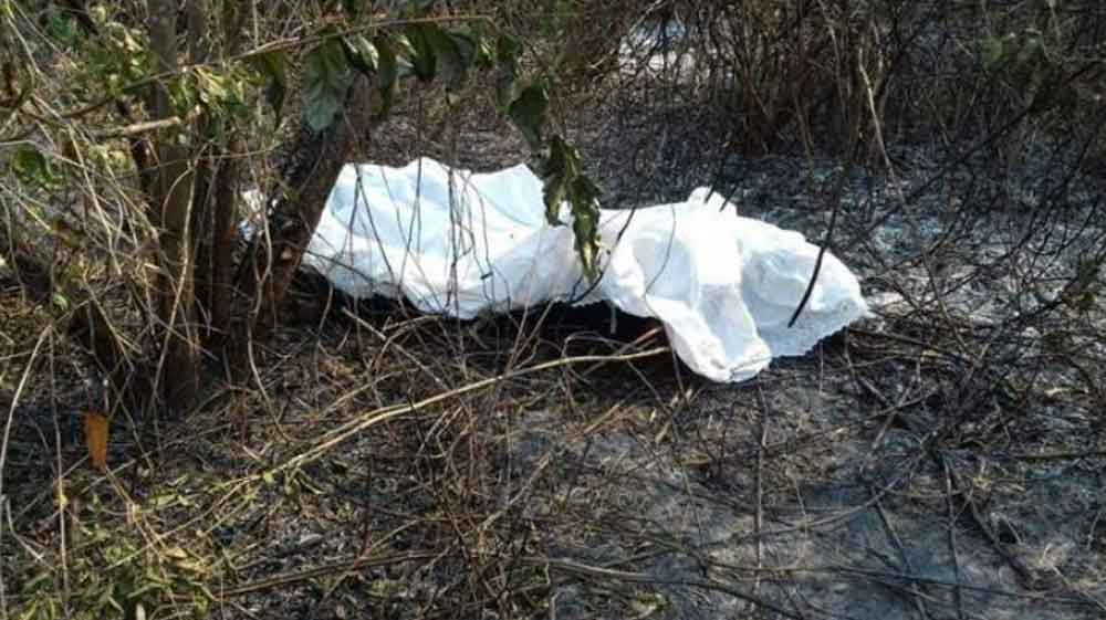 Por no pagar rescate, calcinan a mujer en un terreno abandonado