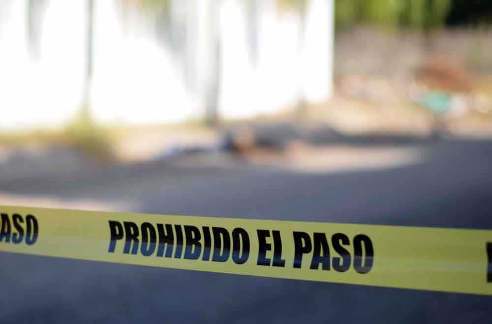 Localizan a mujer sin vida dentro de kínder de Ensenada