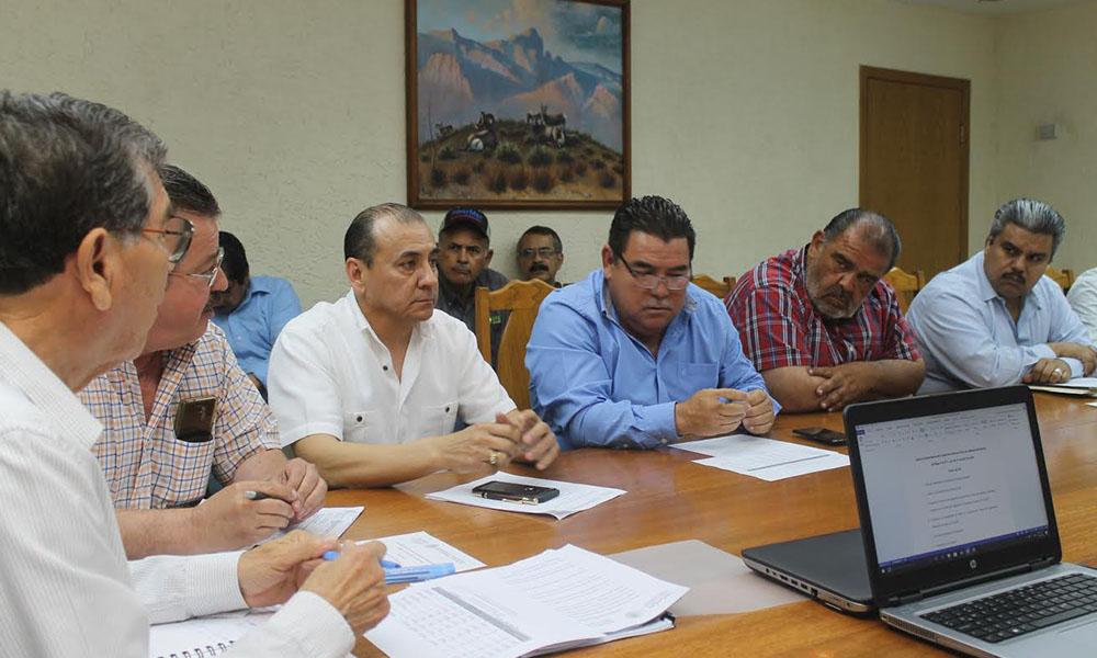 Acuerdan autoridades acciones para proteger el desarrollo del cultivo algodonero en el Valle de Mexicali
