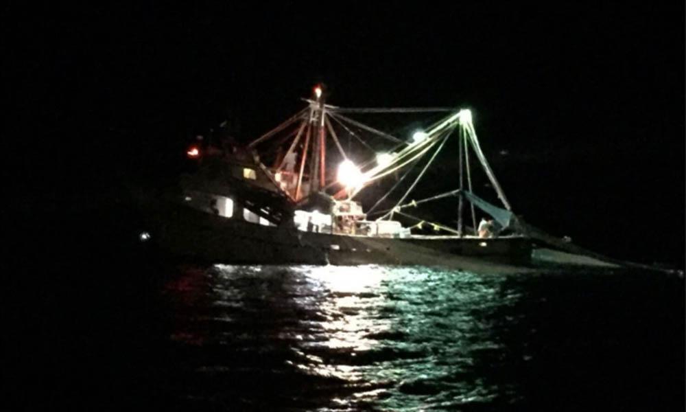 Aseguran embarcación mayor por pesca ilegal en área de refugio para la protección de la Vaquita en el Alto Golfo de California