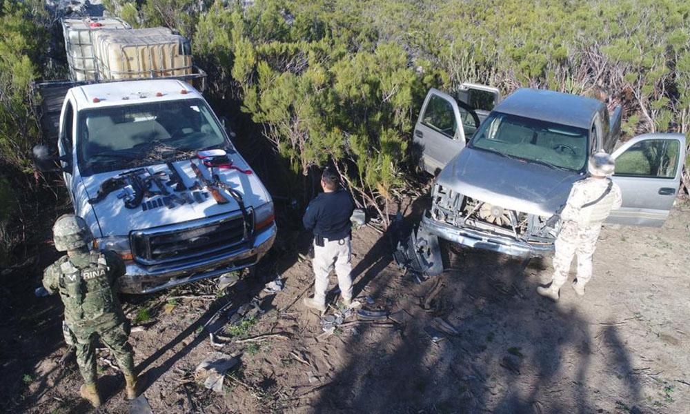 Aseguran vehículos y armas de huachicoleros tras operativo en Tecate