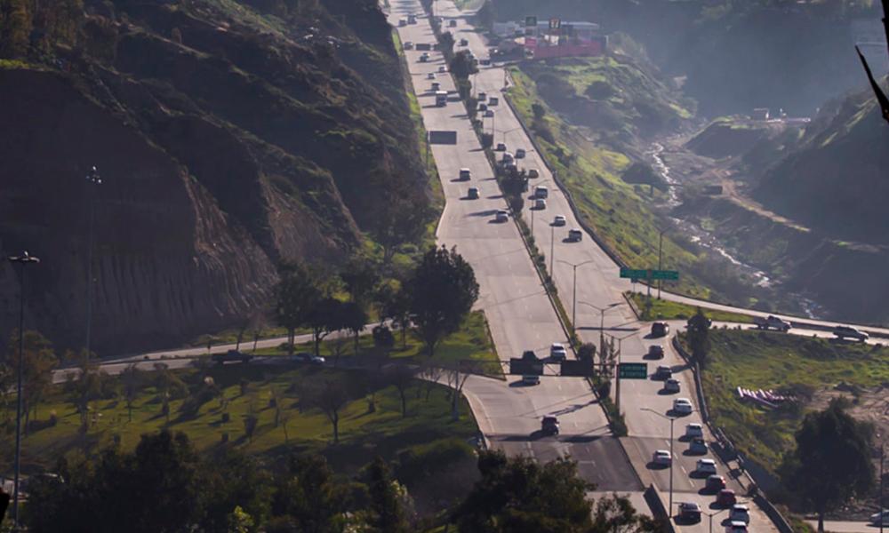 Cerrarán carriles en carretera a Playas de Tijuana
