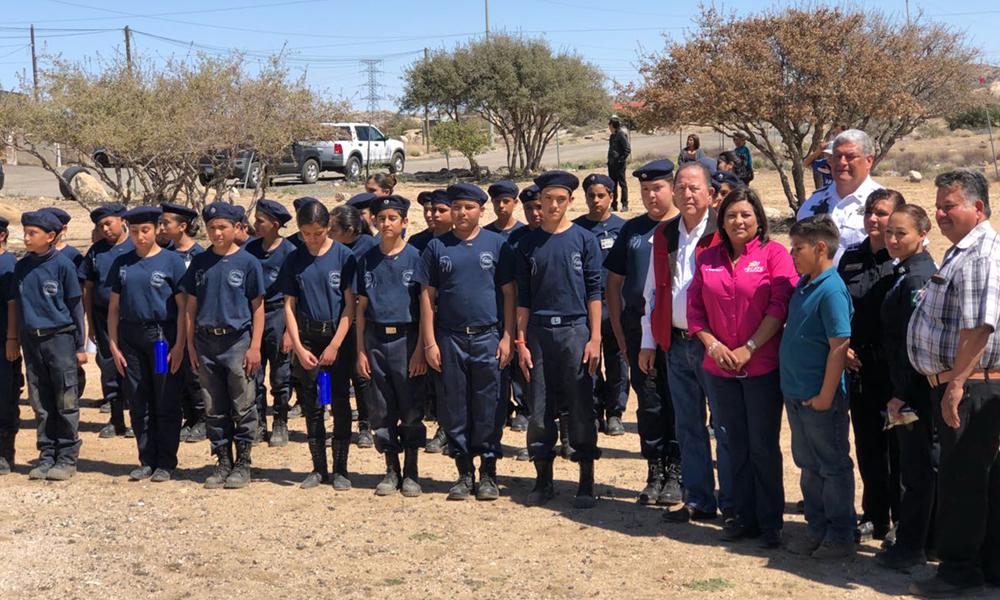 Condecoraron a jóvenes integrantes de la Policía Juvenil de La Rumorosa