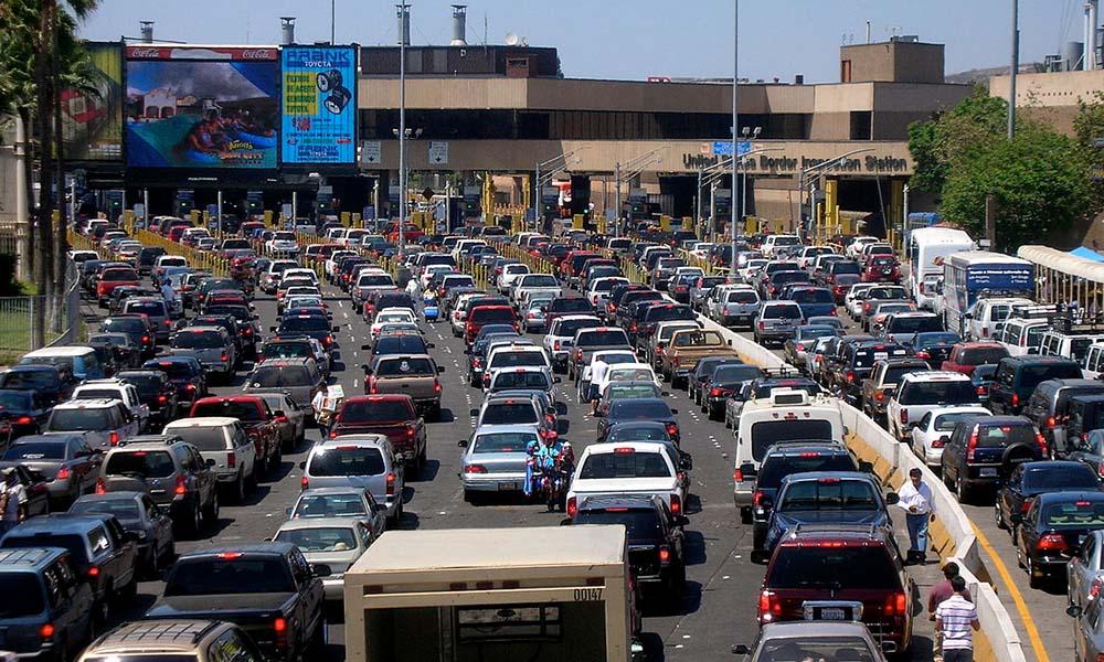 Proponen Sentri para cruza a México