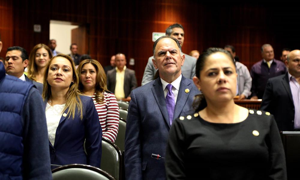 """Diputados del PES celebran que más Grupos Parlamentarios unión a """" no al fuero"""""""