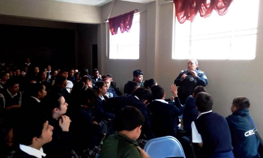 """Imparten plática sobre """"Violencia en el Noviazgo"""" en Tijuana"""