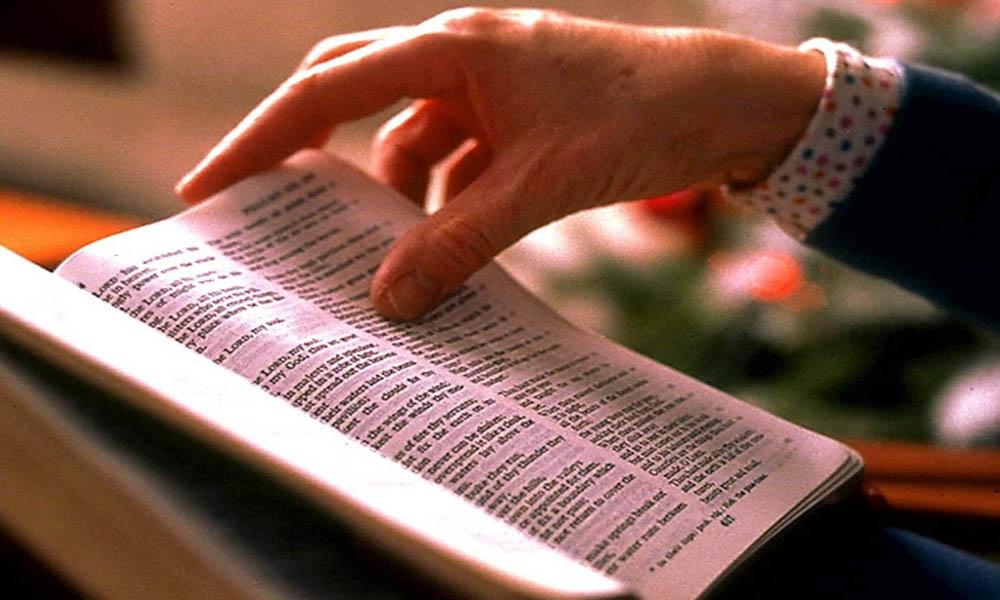 Incluyen la Biblia en una lista de los 20 libros que no hay que leer